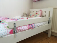 Bed guard rail for toddlers
