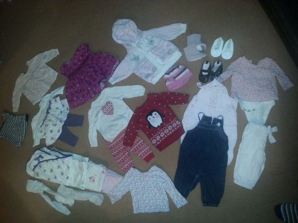 Baby Girls Bundle of clothes and accessories 0-3 months