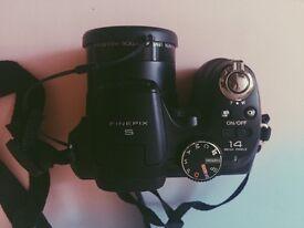 Fujifilm Finepix Camera 14MP 18X Optical Zoom