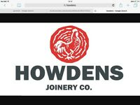 Tradesperson with a Howdens account