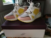 Lloyd and pryce Tommy bowe womens wedge trainers size 5