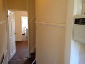 House to let. 2 bedroom *SAVE £££s. No agent fees. Deal direct with landlord*