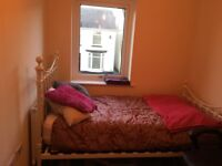 Single bed including mattress and bedding