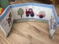 Farm animals cot bumper