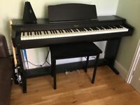 Roland HP 136 Digital Piano