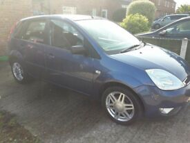 Ford fiesta ghia. Low mileage. Great condition