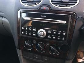 Focus Sony CD player