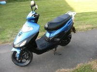 kymco movie xl 125cc scooter moped , rides spot on , very nippy 70mph reliable bike ,summer commuter