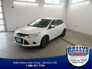 2013 Ford Focus SE! ONLY 66K! Alloy! Heated! Save!