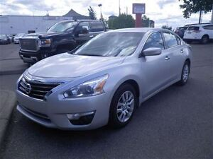 2014 Nissan Altima 2.5 S | Bluetooth | Cruise Contol