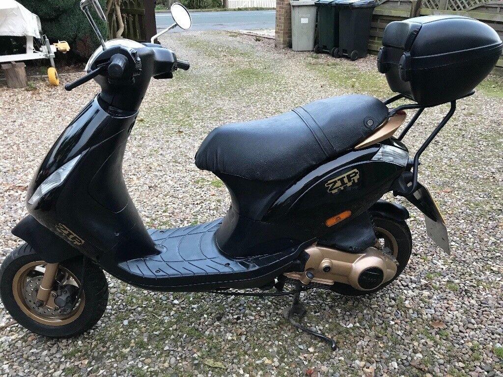 piaggio vespa zip 125cc 4 stroke 2001 fab condition scooter learner legal in louth. Black Bedroom Furniture Sets. Home Design Ideas