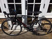 2016 56Cm Specialized Allez E5 Road Bike Gloss Black - Red Immaculate Condition