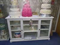 Cake Shop Clearance