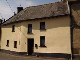 2 bedroom town house in Brittany France to rent