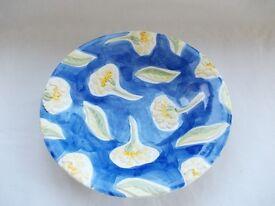Pot plate serving bowl.