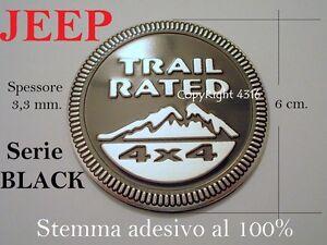 JEEP-Stemma-TRAIL-RATED-4X4-BLACK-NERO-Fregio-Badge-Scritta-Emblem-Armas-Waffen