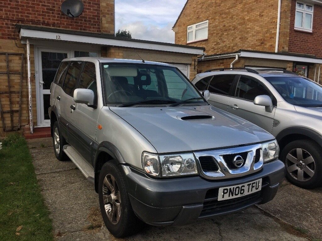 Nissan Terrano 2006 2.7 with tow bar