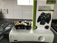 XBOX 360 120 GB with wireless controller