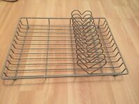 Grey heart metal dish rack