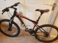 GT AVALANCHE 1.0 DISC 2011 Excellent Condition 19inch Frame RRP £700 Competition Level Mountain Bike