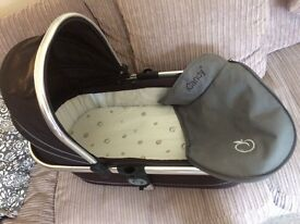I candy carrycot