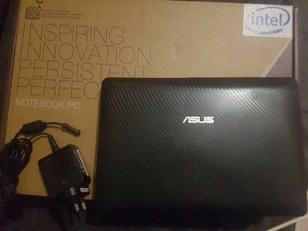 ASUS Windows 7 Netbook (Small Laptop)