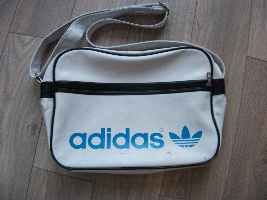 88d83742e425 Genuine Retro Vintage Original 1970 s 1980 s Adidas Peter Black Sports Bag  Holdall in white