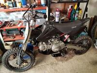 125cc stomp pit bike