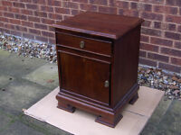 Vintage / Antique / Retro WOODEN Cupboard / Bedside Cabinet With Draw #FREE LOCAL DELIVERY#