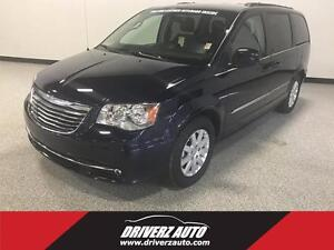 2015 Chrysler Town & Country Touring LEATHER, REMOTE DOORS, R...