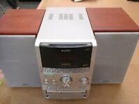 Sony S Master HiFi system with MP3 player and 3 disk changer