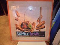 1960/70,s vintage /retro skittles bowl set