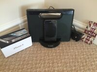 iPhone 4 16 gig + Plus Sony docking station
