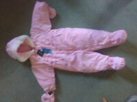 Baby girl snow suit 6-12 month