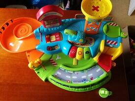 VTech Toot-Toot Garage and tow truck vehicle