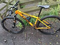 Trek Superfly 6 29er Mountain Bike