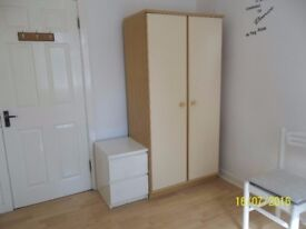 Single Room available in a Flat Share in a Prime Location, North Finchley, N12