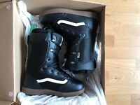 Vans Mantra Snowboard Boots - UK 10 - Black/Gum
