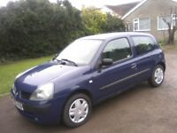 RENAULT CLIO 1-2 RUSH 3-DOOR 2005. 102k MILES, 1 LADY OWNER, OVER 12 MONTHS MOT, JANUARY 28th 2019.