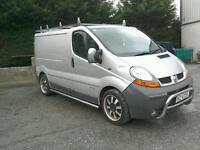 06 Renault traffic Diesel van Moted silver ( can be viewed inside anytime)