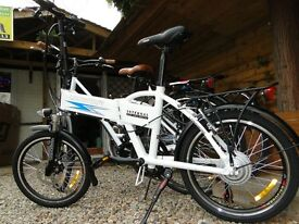 Longwise folding Electric bike. Internal battery and very light. Only 17Kgs. RRP 950. NOW £650