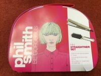 NEW - MINI HAIR STRAIGHTENERS - PHIL SMITH