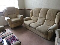 FABRIC SOFA SET LIKE NEW 3 seater + 2 Armchairs Free delivery