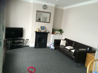 TWO DOUBLE BEDROOM FLAT FURNISHED WITH GARDEN AT HARROW