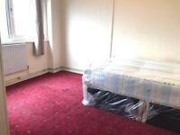 LOVELY DOUBLE ROOM AVAILABLE 💖💖 BRADLEY LYNCH COURT
