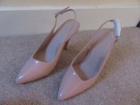 SHOEBOX STILETTO SHOES SLINGBACK NUDE COLOUR PATENT LOOK FINISH SIZE 5 NEW