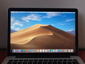 Macbook Pro Retina 13-inch early 2015 with Microsoft Office suite and charger