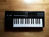 Roland A-300 Pro MIDI Keyboard
