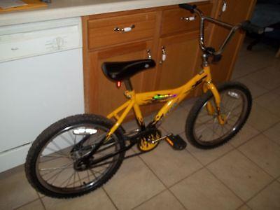 "20"" Turbulent Huffy BMX Bike (old school)"
