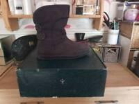 Women's boots Emu size 6